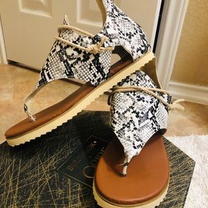 Women Retro Zip Flip-flop Sandals Arch Support New